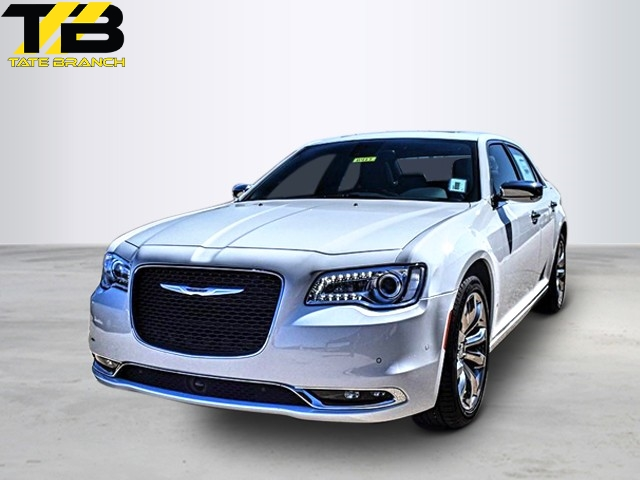 New 2019 CHRYSLER 300 LIMITED RWD